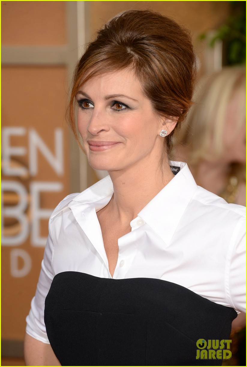julia roberts golden globes 2014 red carpet 06