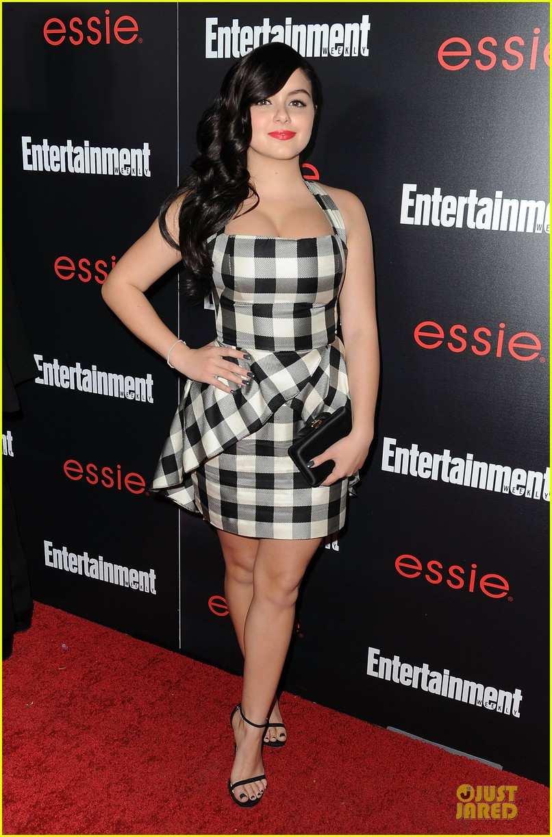 jesse tyler ferguson ariel winter ew sag nominees party 013034218
