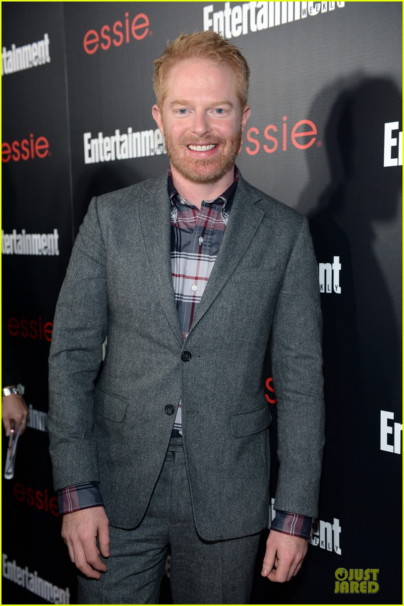 jesse tyler ferguson ariel winter ew sag nominees party 07