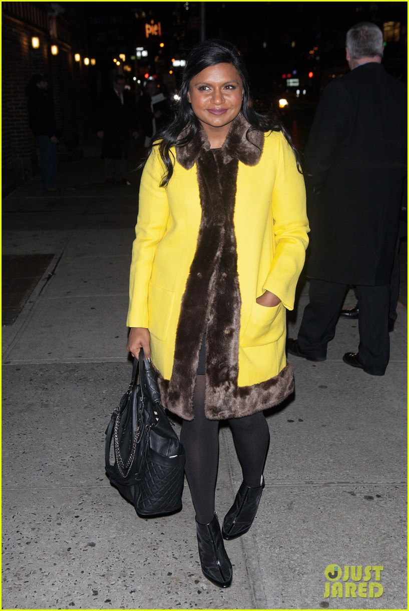mindy kaling my elle made me feel glamorous cool 123026743