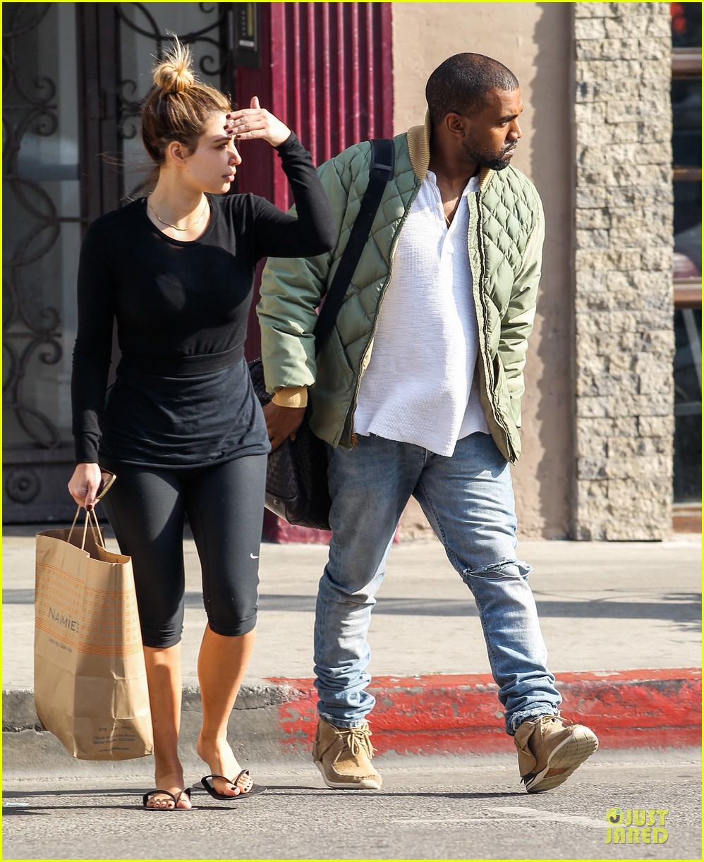 kim kardashian kanye weest shop together after new year 23