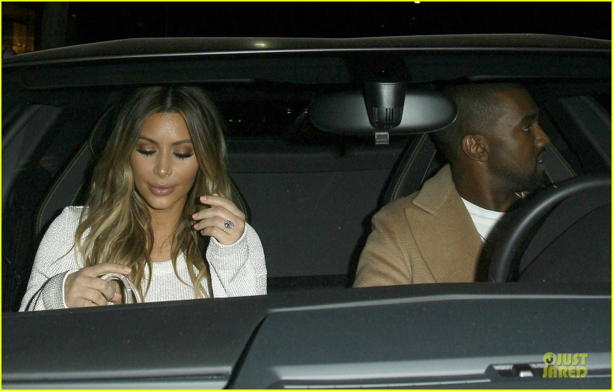 kim kardashian bares midriff for dinner with kanye west 04