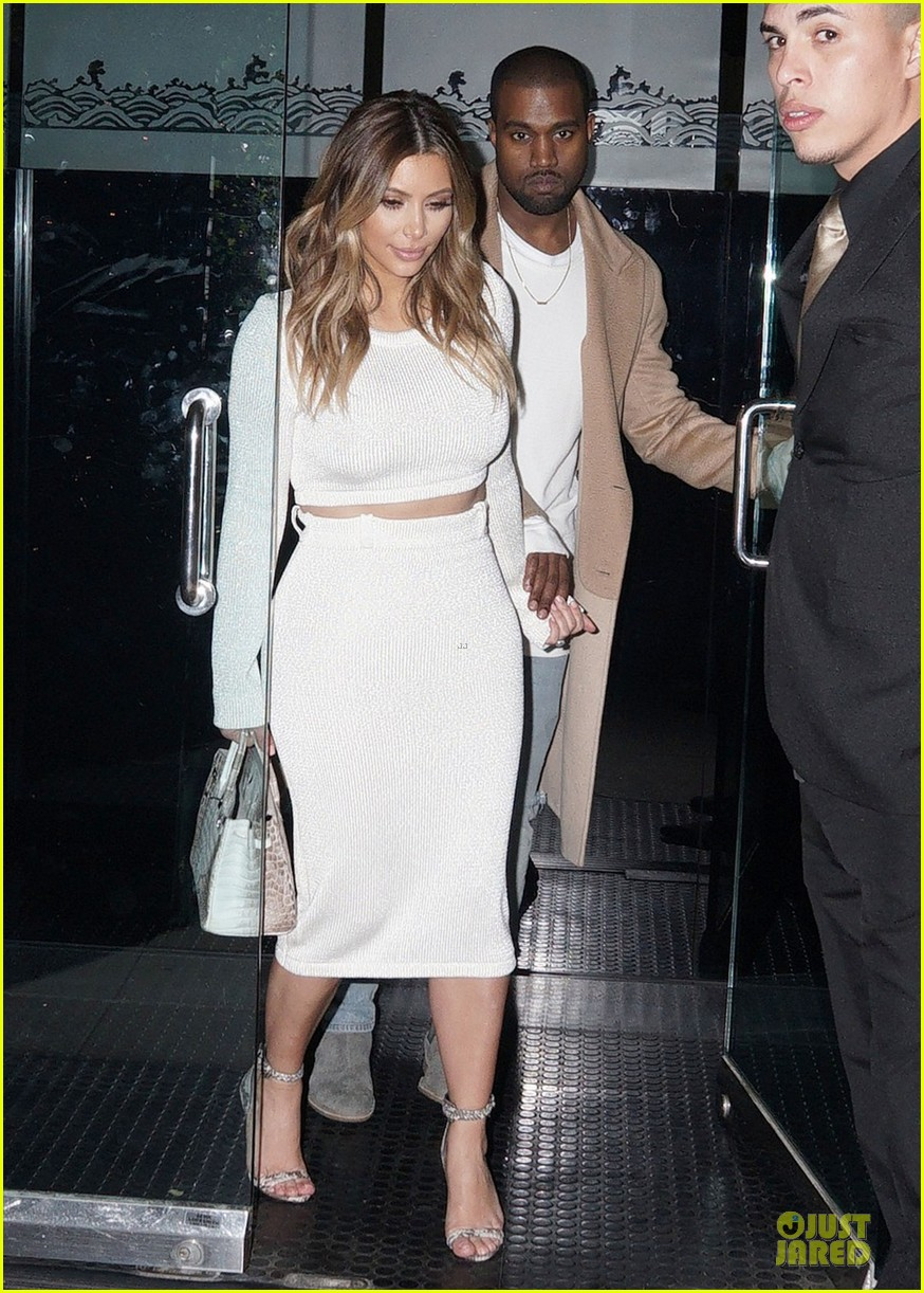 kim kardashian bares midriff for dinner with kanye west 083029900