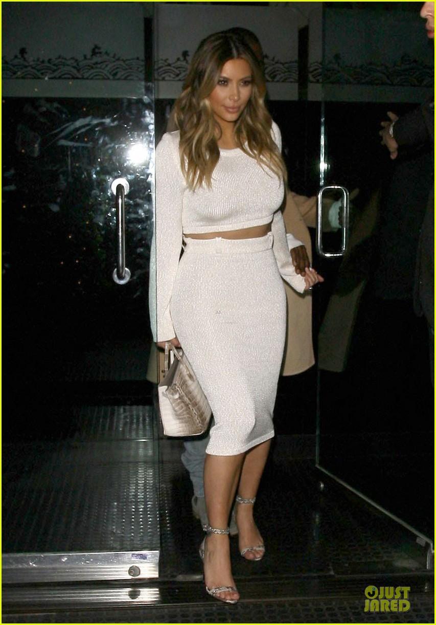 kim kardashian bares midriff for dinner with kanye west 133029905