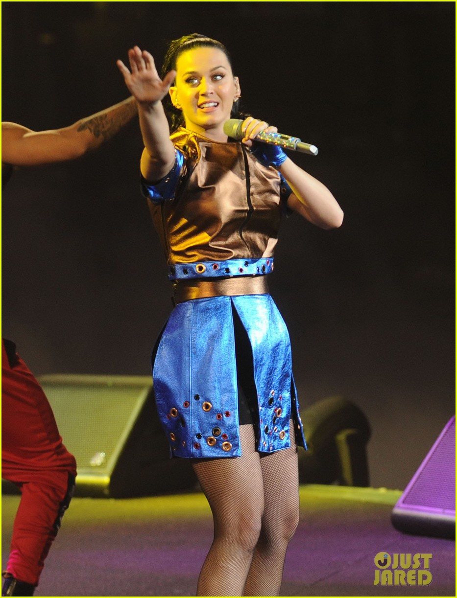 katy perry performs infiniti brand festival 2014 china 123028846