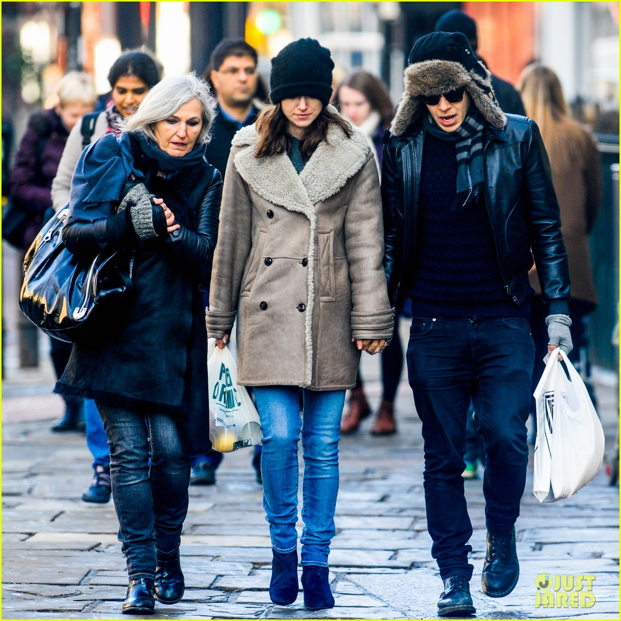 keira knightley james righton walk hand in hand for shopping trip 053031196