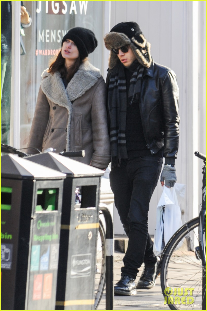 keira knightley james righton walk hand in hand for shopping trip 093031200