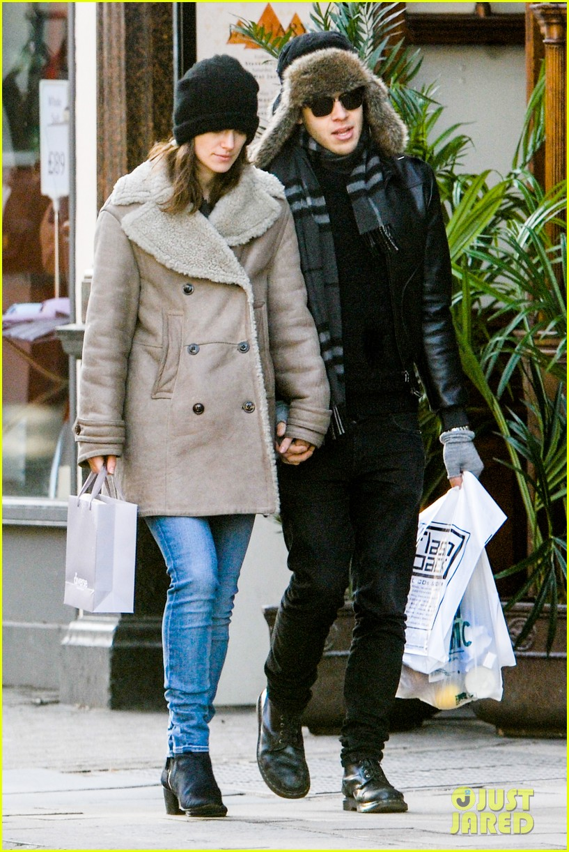 keira knightley james righton walk hand in hand for shopping trip 113031202