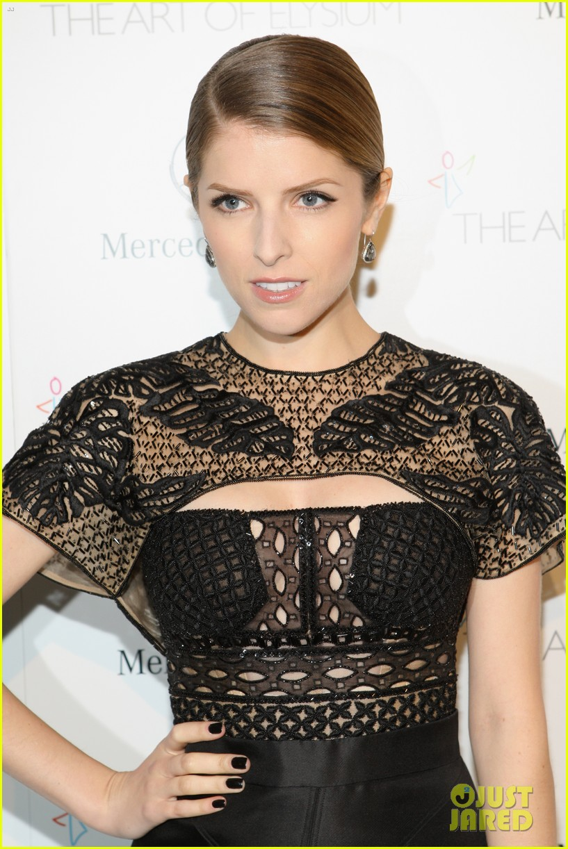 anna kendrick gillian jacobs art of elysium heaven gala 123028508