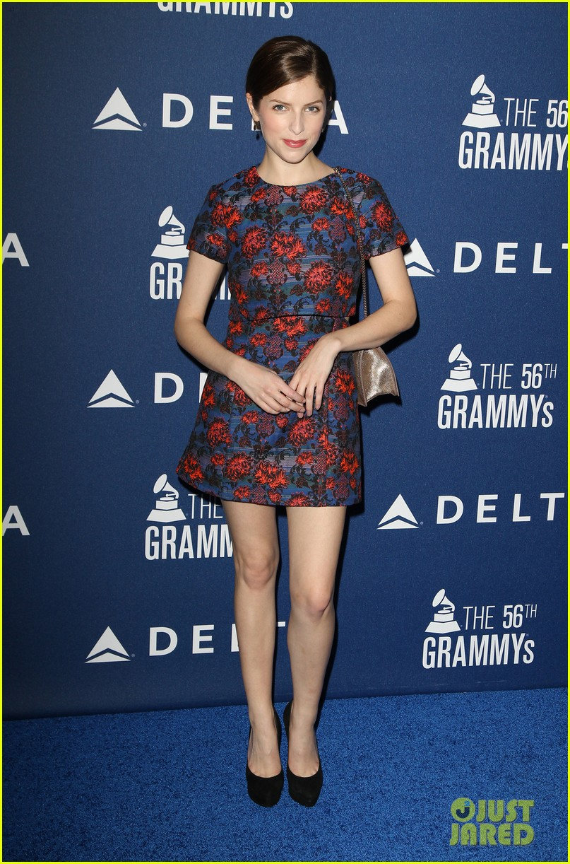 anna kendrick ashley benson delta airlines pre grammy party 033039126