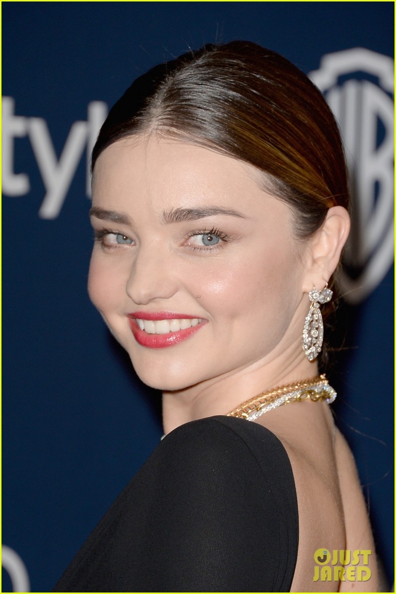 miranda kerr rocks full body slit at golden globes party 2014 09