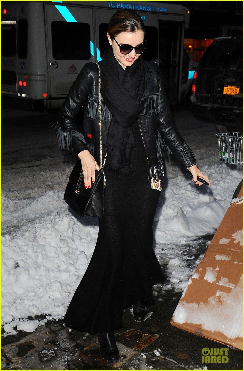 miranda kerr snowy salon stop in the new year 093022207