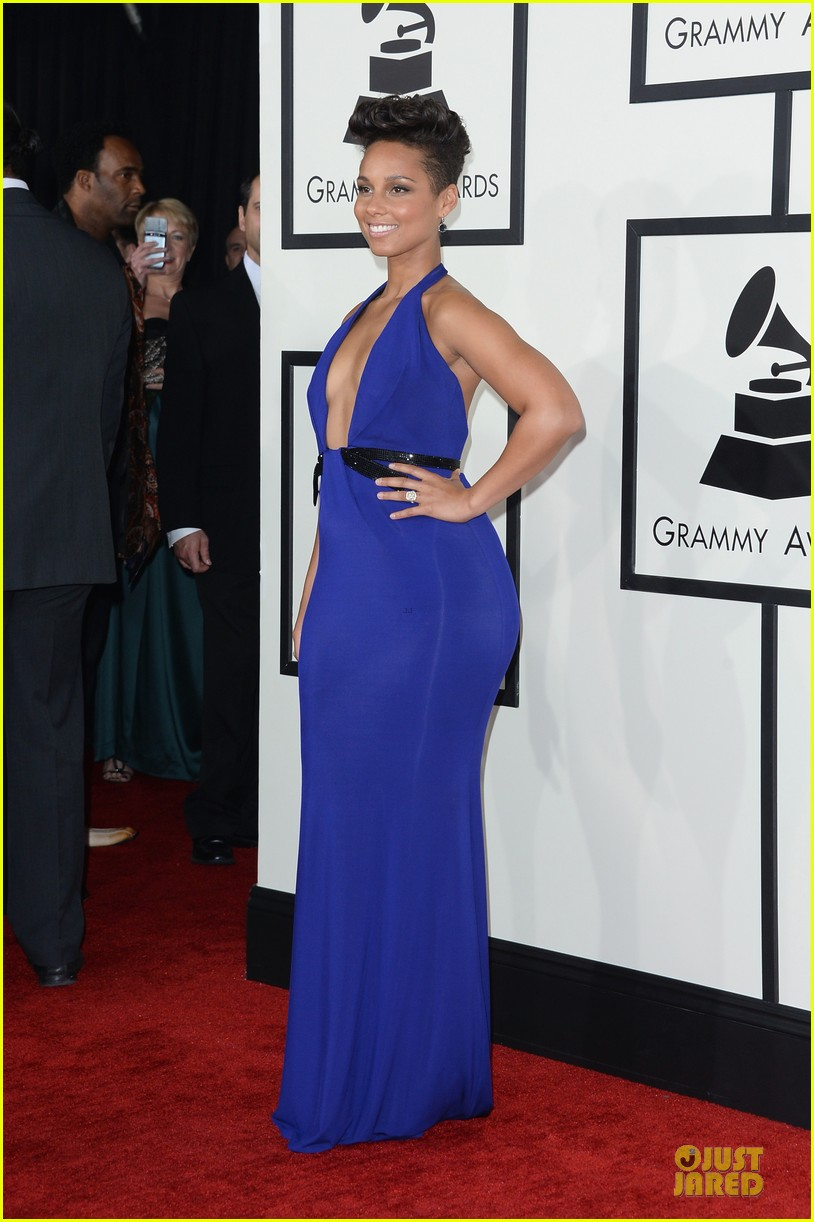 alicia keys swizz beatz grammys 2014 red carpet 053041107