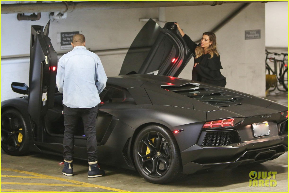 kim kardashian kanye west early morning doctor visit 02