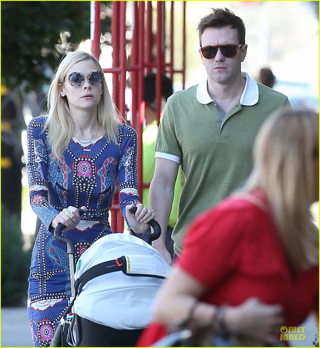 jaime king family lunch after friday gifting suite stop 023035827