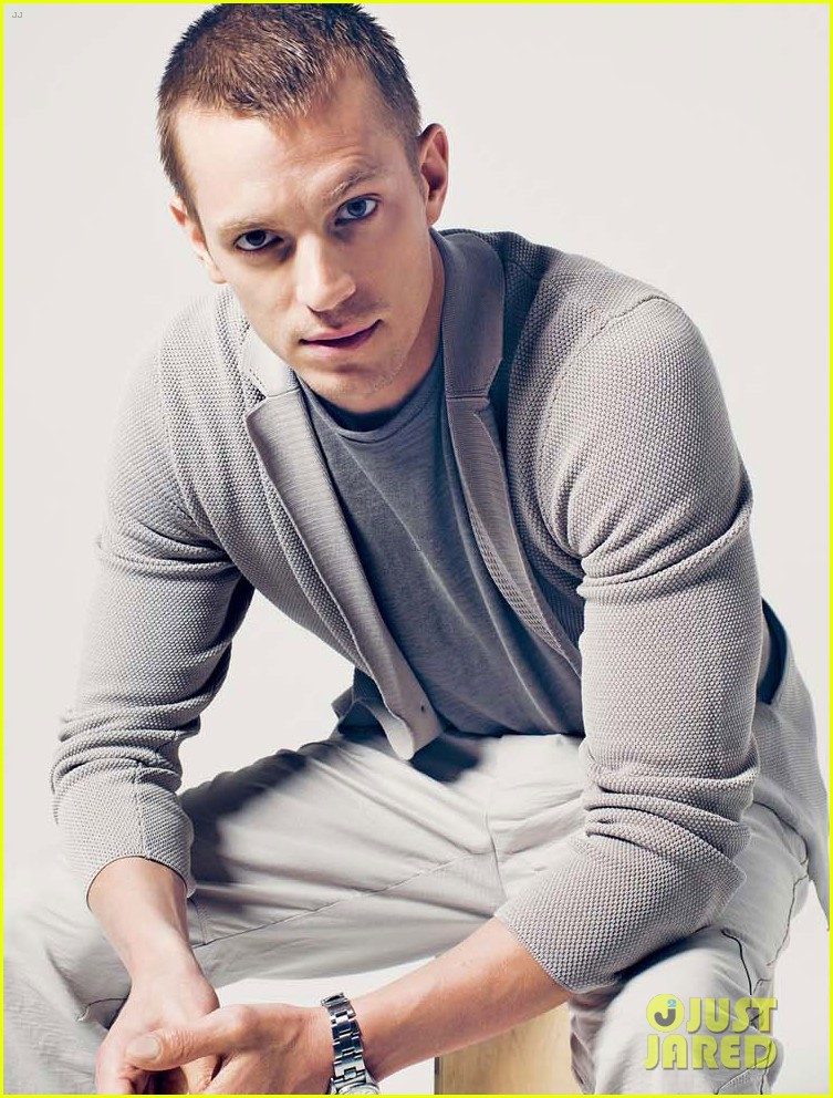 joel kinnaman covers august man malaysia february 2014 063043945