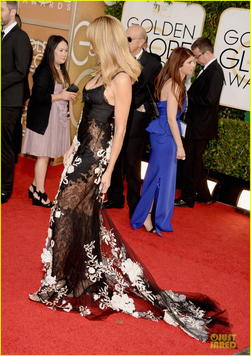heidi klum golden globes 2014 red carpet 103029459