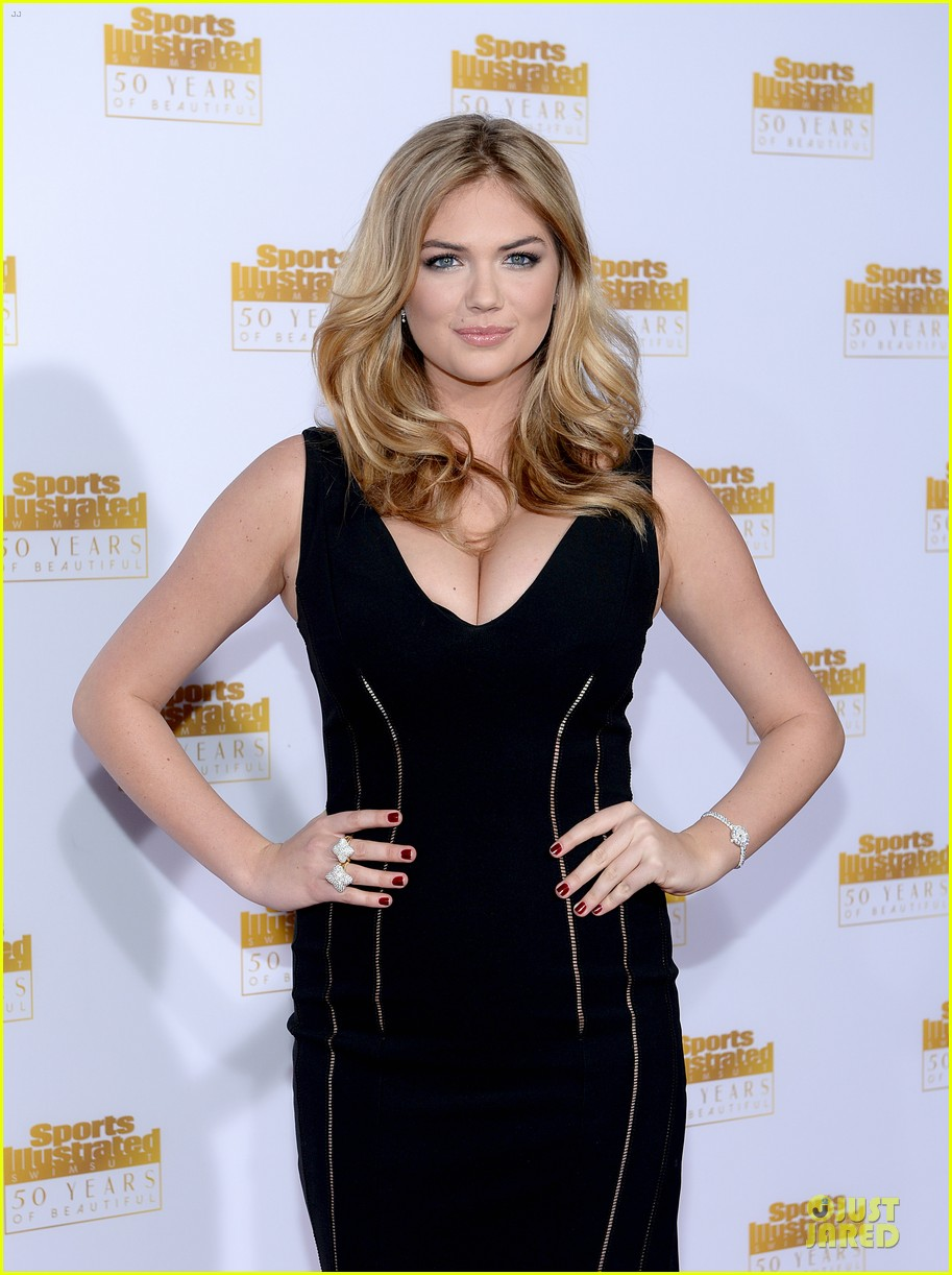 heidi klum kate upton si 50th anniversary swimsuit party 163031484