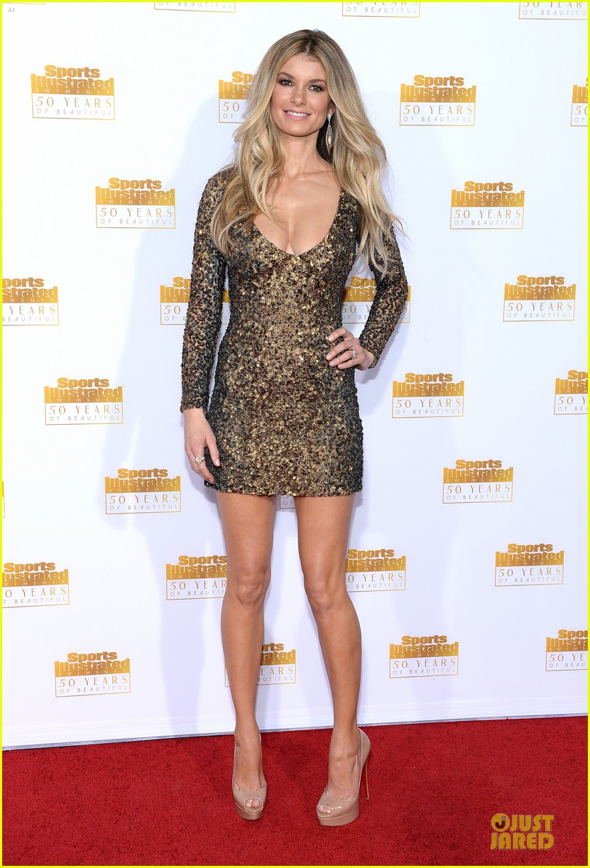 heidi klum kate upton si 50th anniversary swimsuit party 263031494