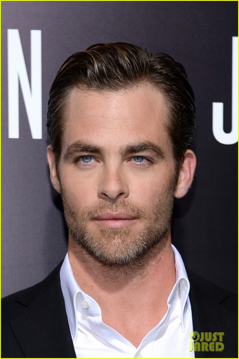 chris pine keira knightley jack ryan hollywood premiere 023032375