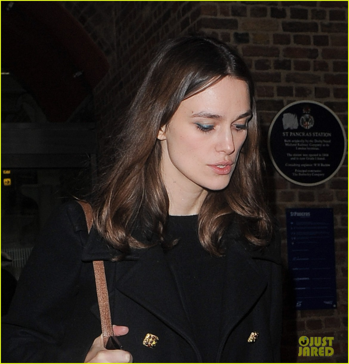 keira knightley is rooting for chiwetel ejiofor at the oscars 023044547