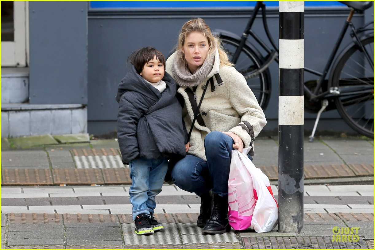 doutzen kroes netherlands shopping with phyllon 133042467