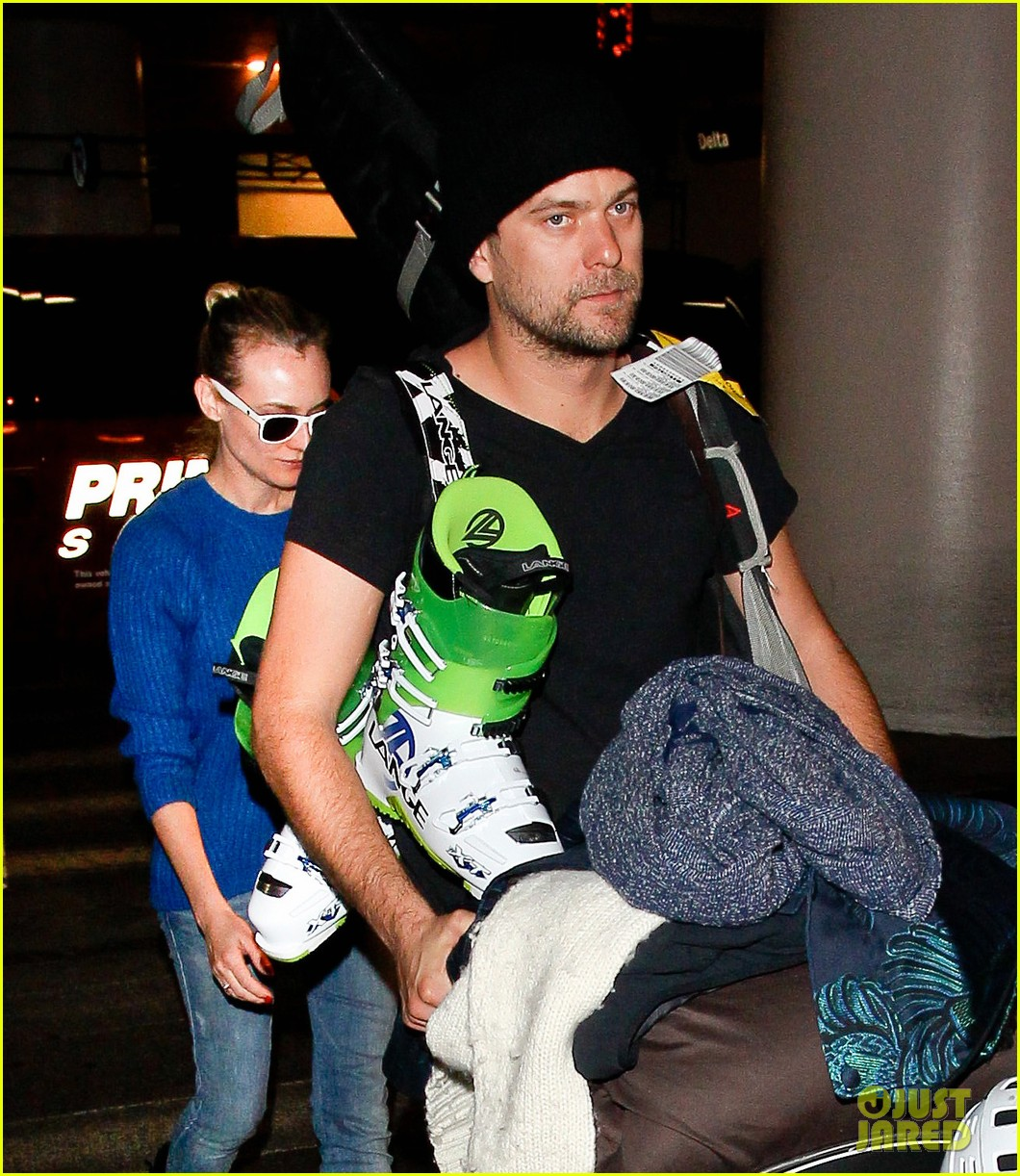 diane kruger joshua jackson arrive at lax after skiing in park city 093037549