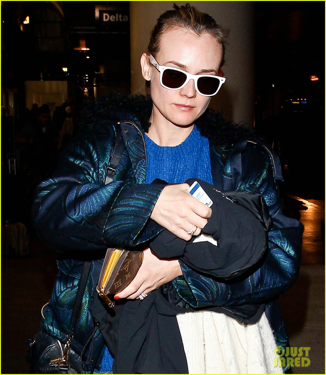 diane kruger joshua jackson arrive at lax after skiing in park city 103037550