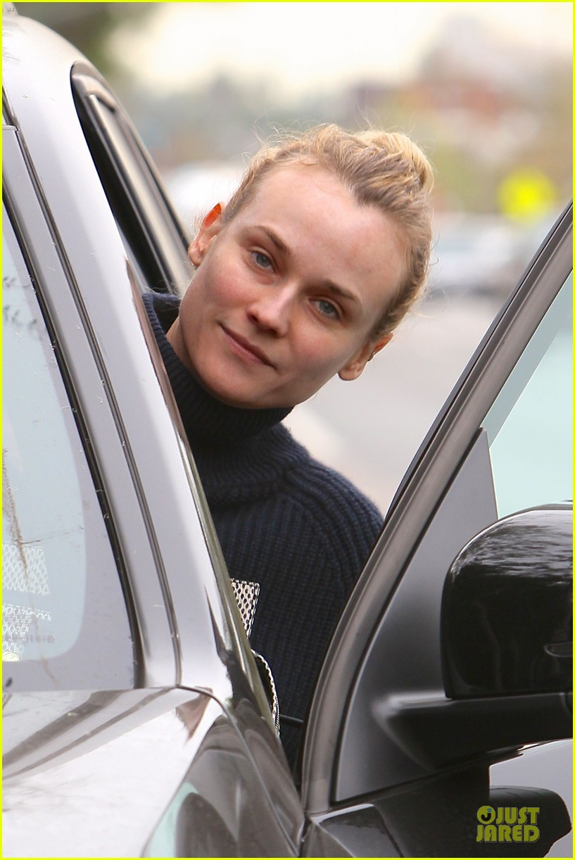 diane kruger all nuatral beauty for friday workout 023039492