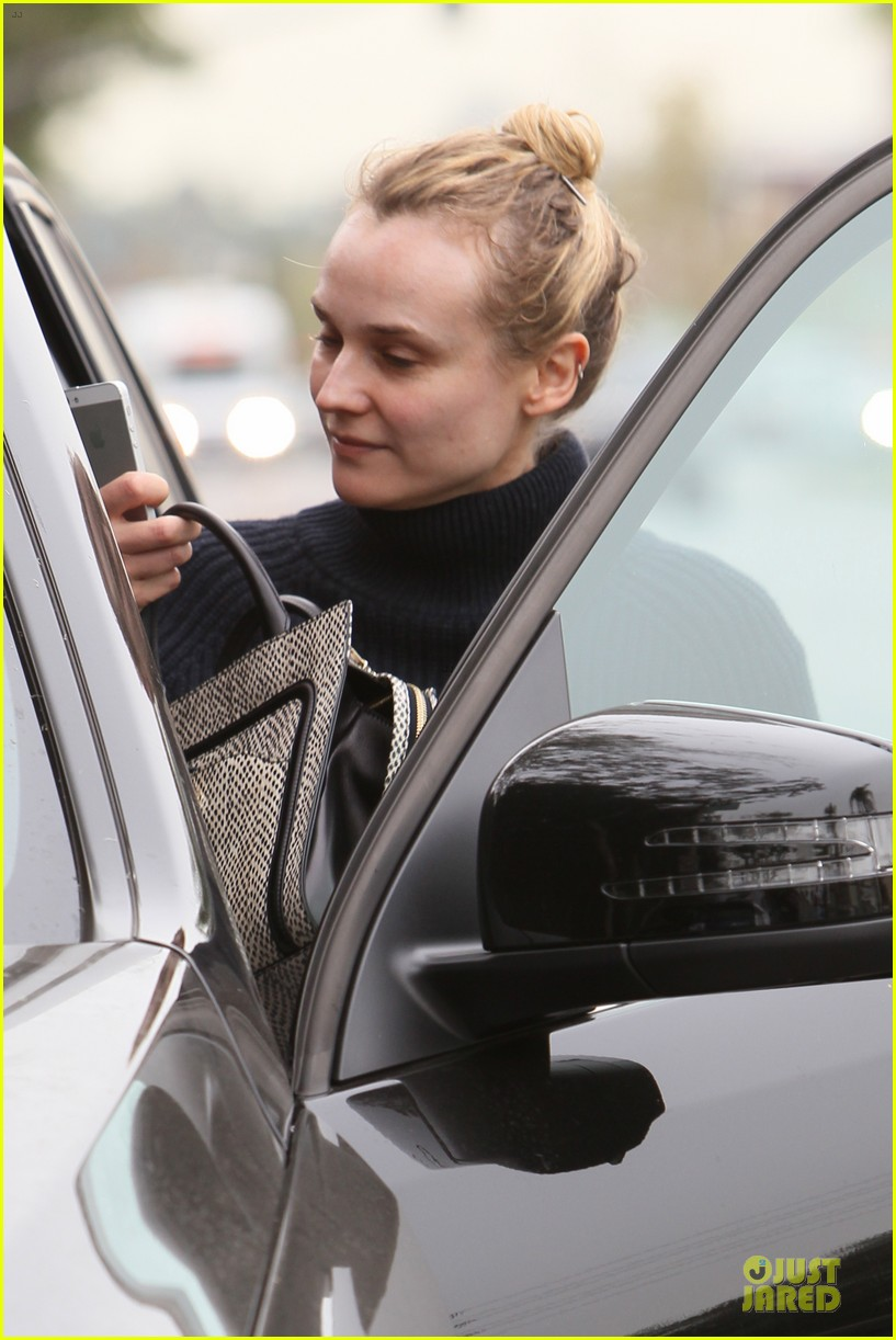 diane kruger all nuatral beauty for friday workout 143039504