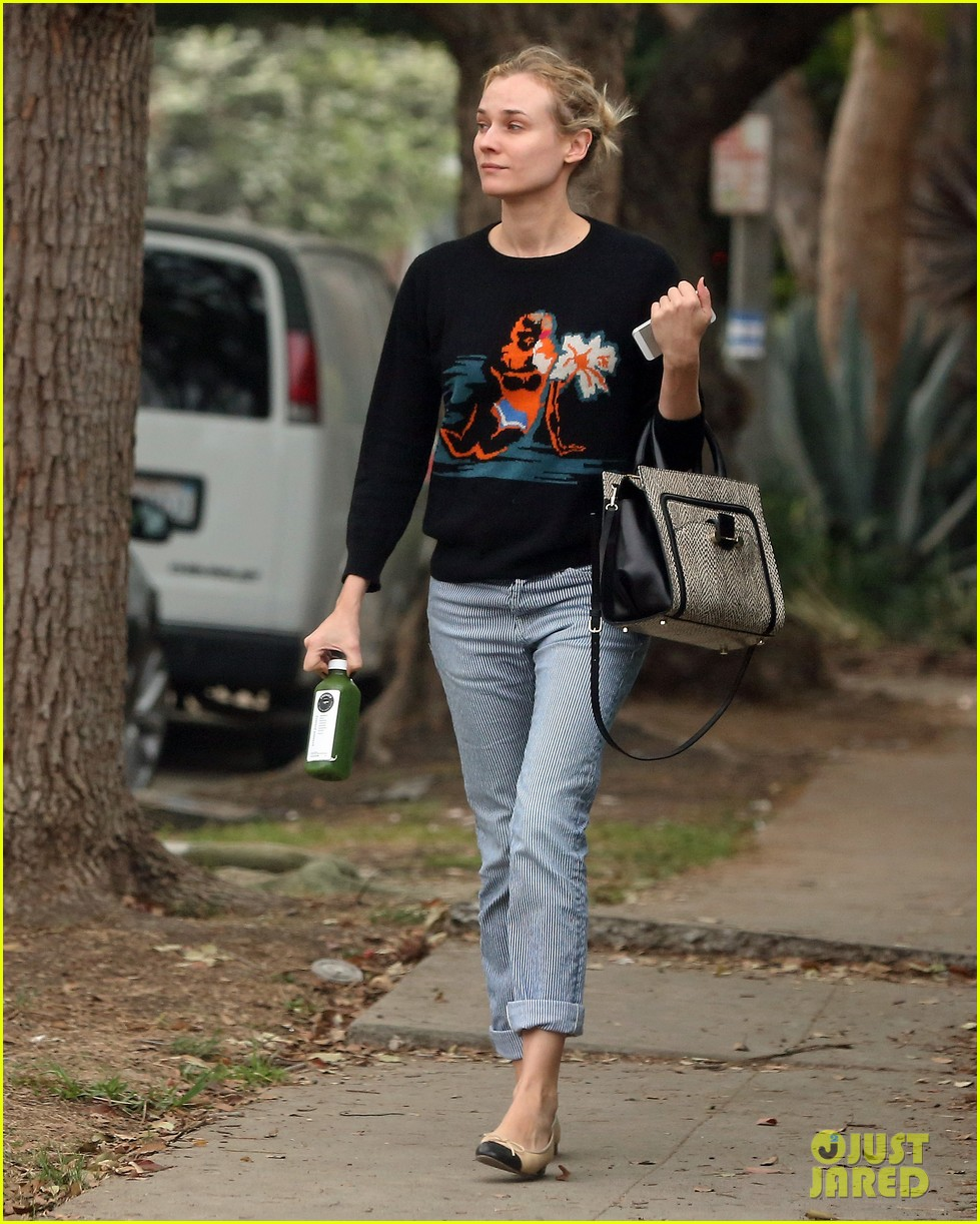diane kruger wears no makeup looks fresh faced for errand run 033044880
