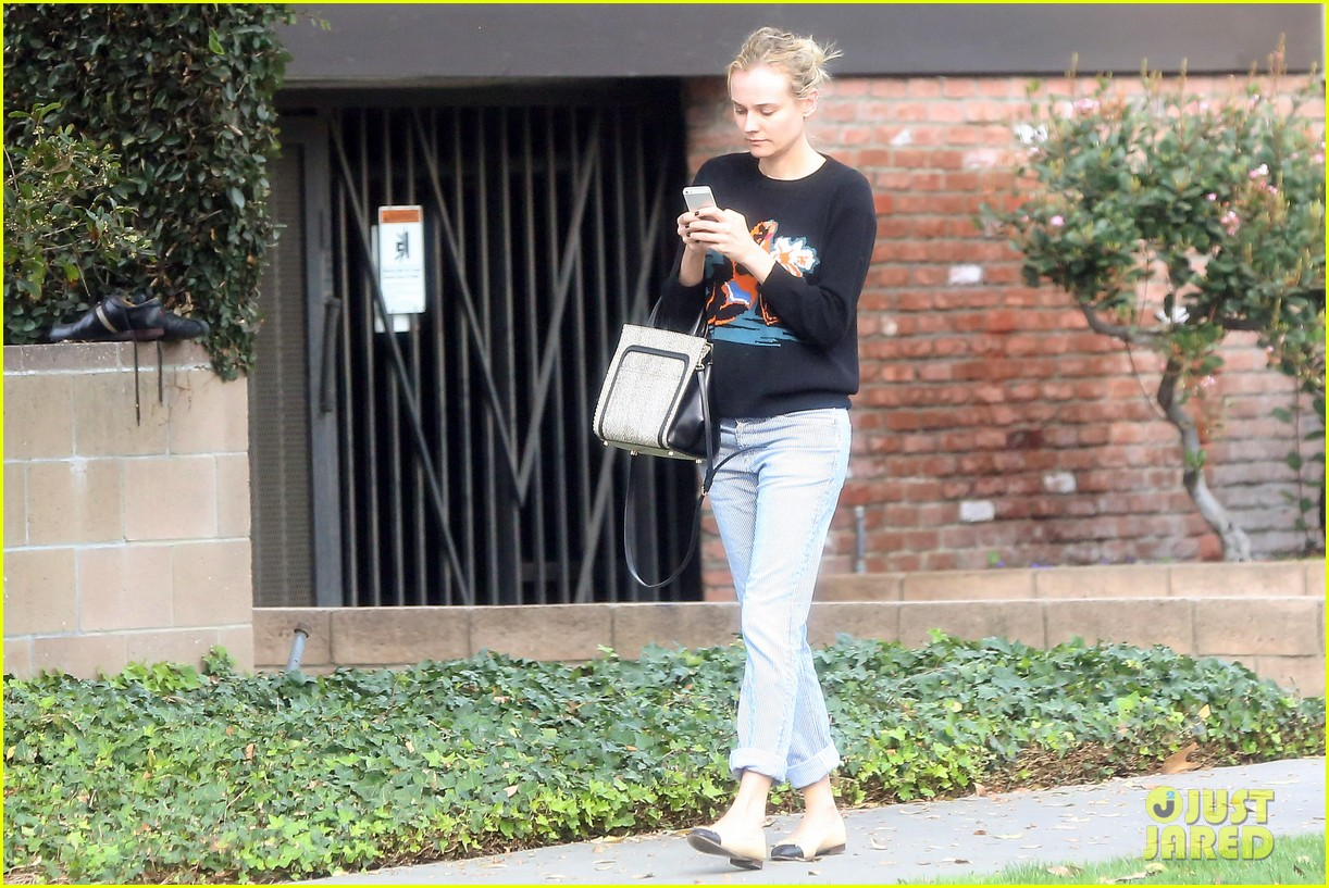 diane kruger wears no makeup looks fresh faced for errand run 073044884