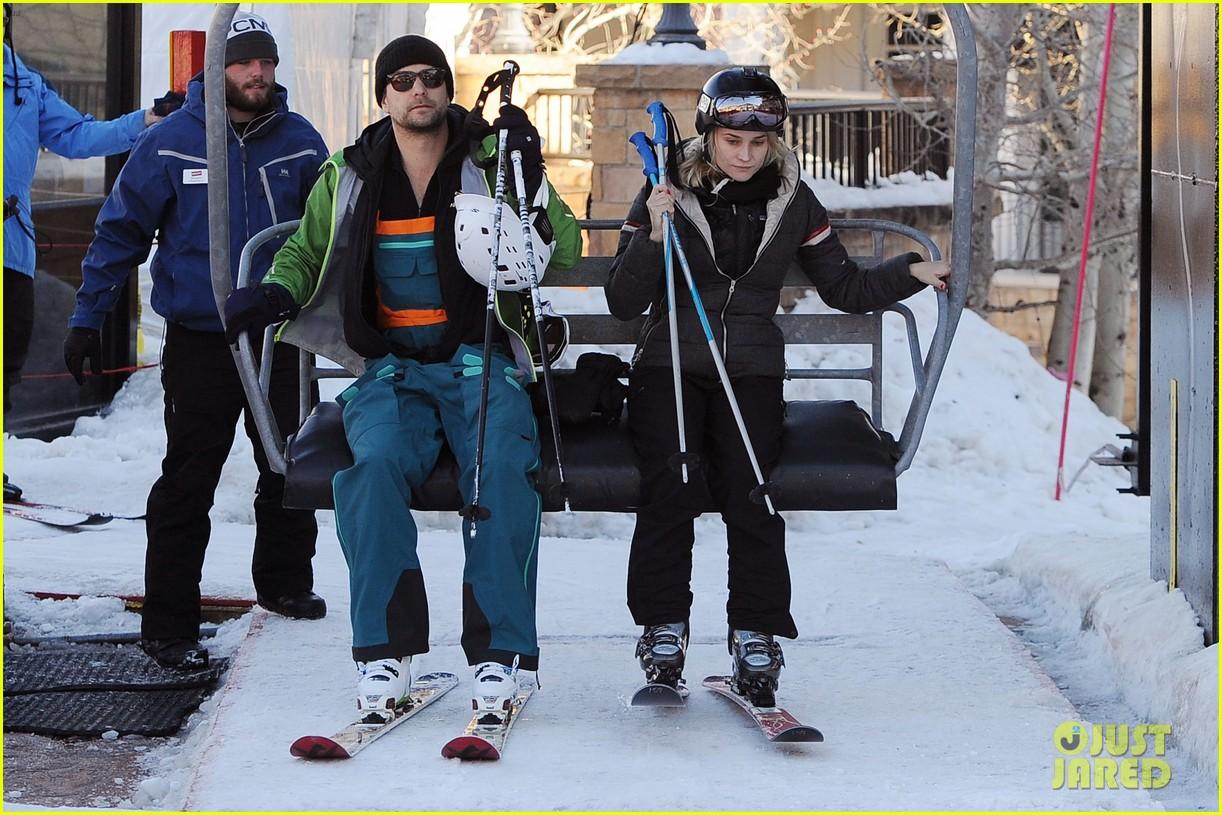diane kruger joshua jackson go skiing at sundance 013036666