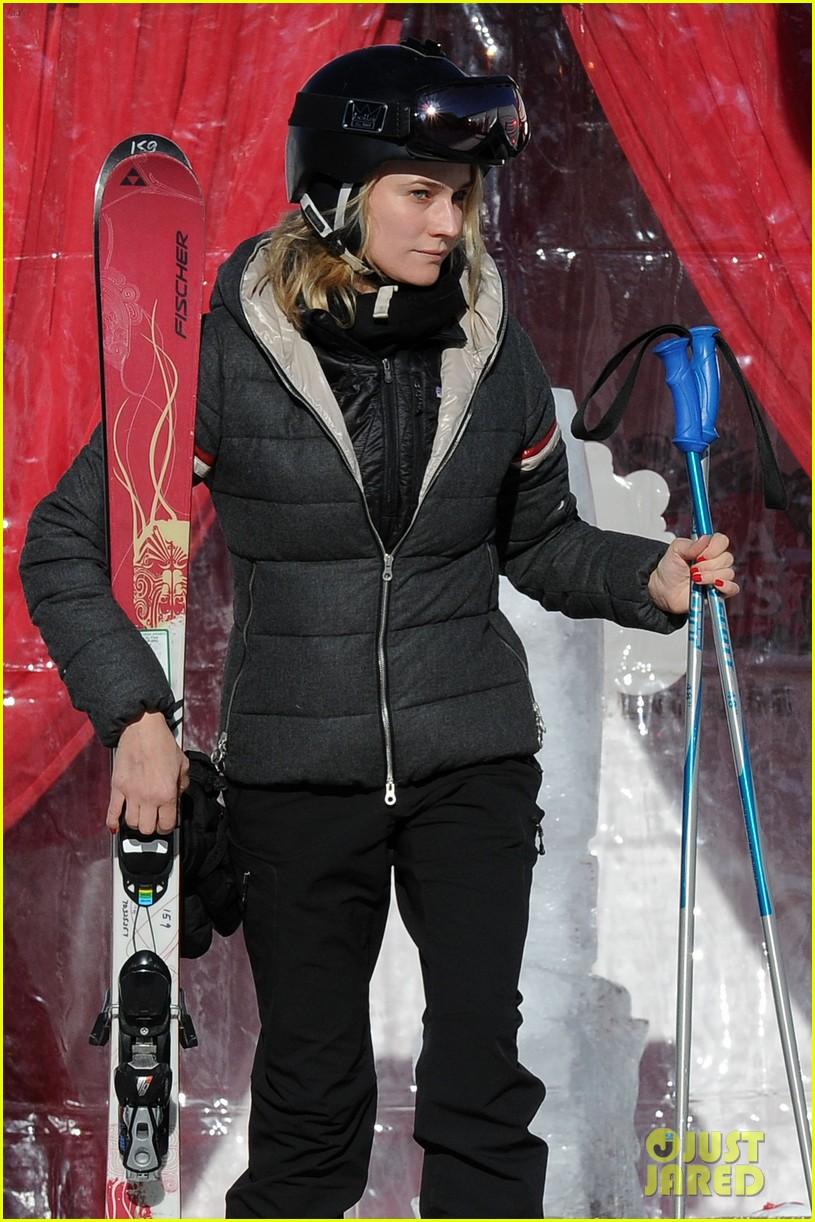 diane kruger joshua jackson go skiing at sundance 023036667