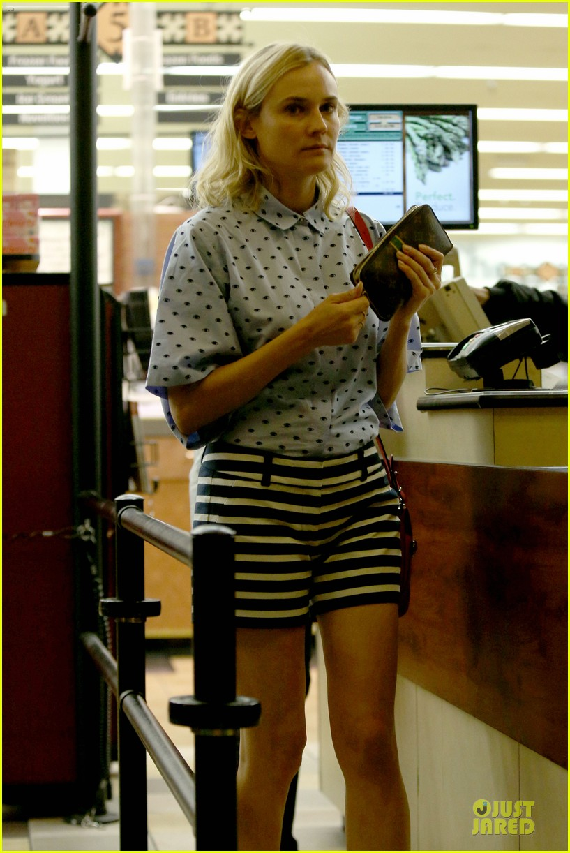 diane kruger mixes stripes polkadots for grocery run 023024179