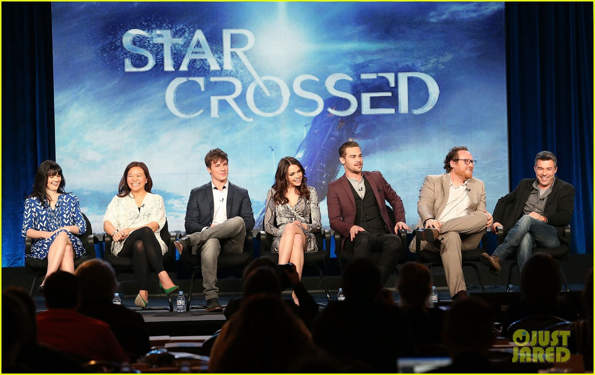 matt lanter aimee teegarden star crossed tca tour panel 02