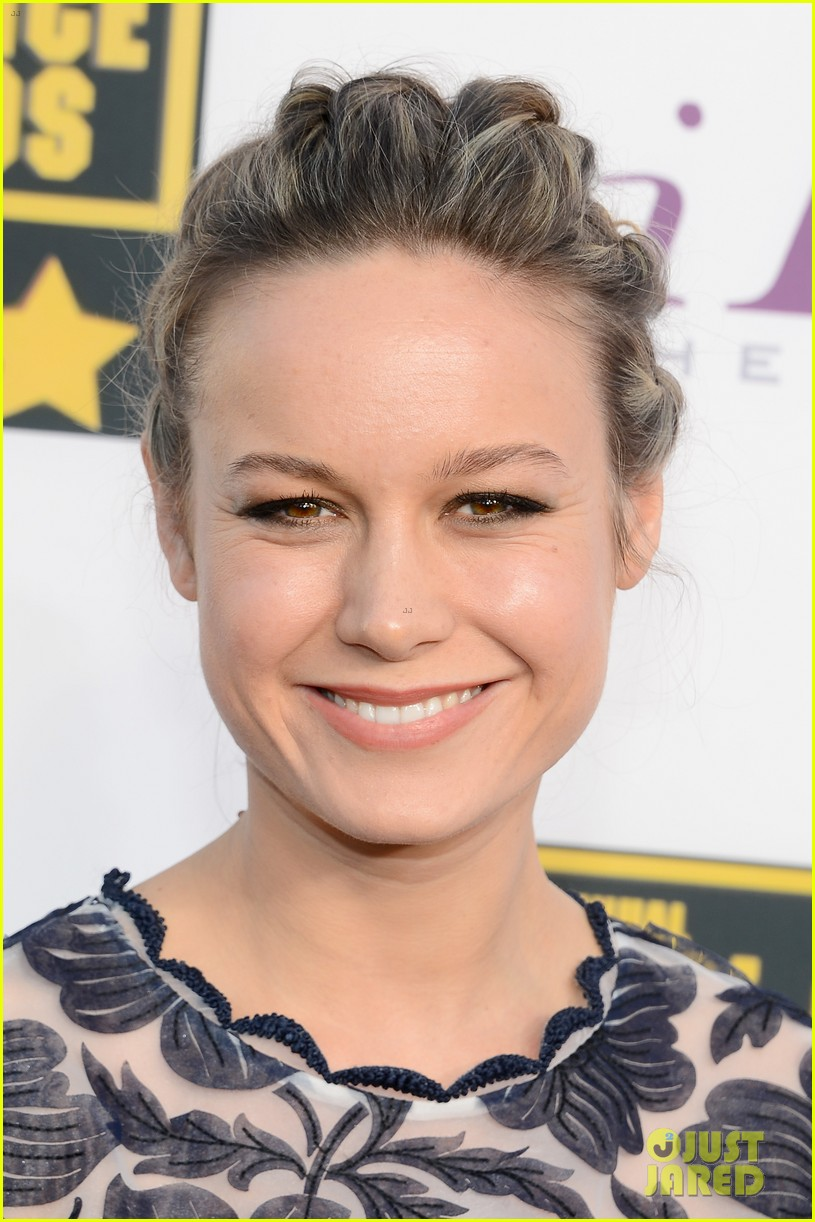 brie larson critics choice movie awards 2014 red carpet 033032849