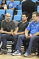 taylor lautner cheers on ucla at basketball game 01
