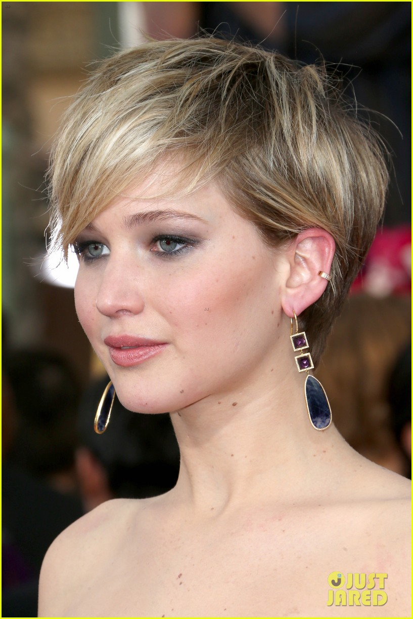 jennifer lawrence sag awards 2014 red carpet 143034673