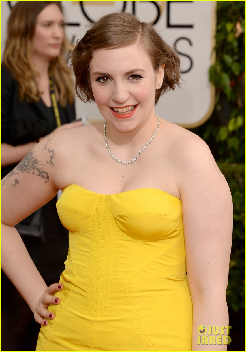 lena dunham golden globes 2014 red carpet 033029141
