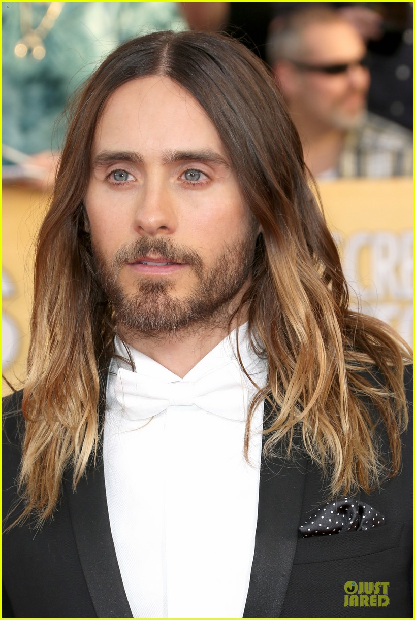 jared leto sag awards 2014 red carpet with mom constance 073034636