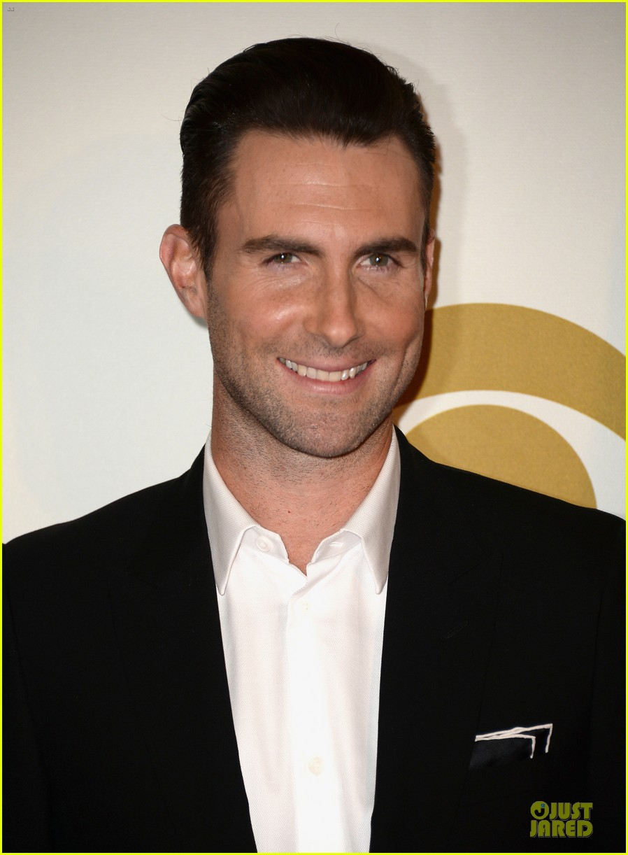 adam levine behati prinsloo backstage at beatles tribute 063042564