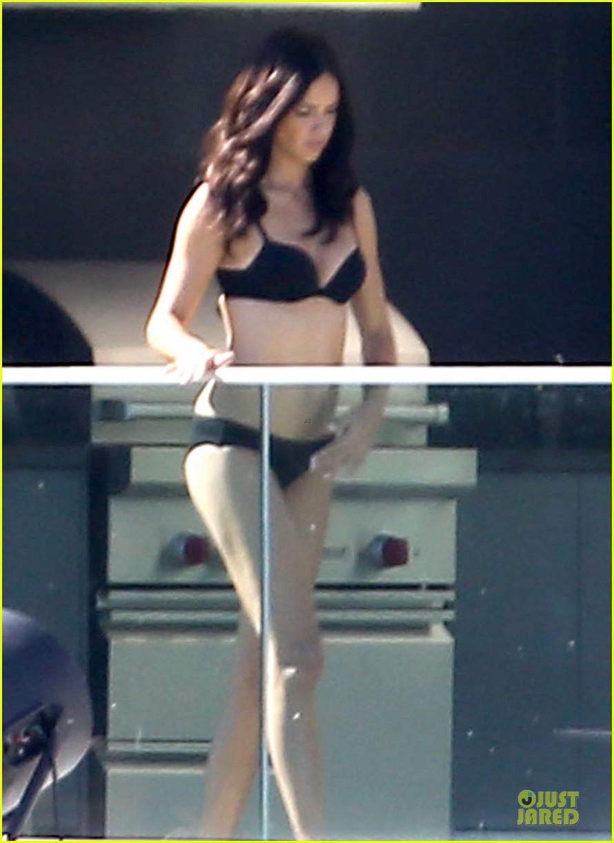 adriana lima rocks black bikini for victorias secret shoot 133034488