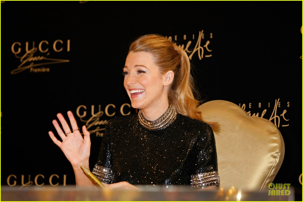 blake lively gucci premiere photo call 153022142
