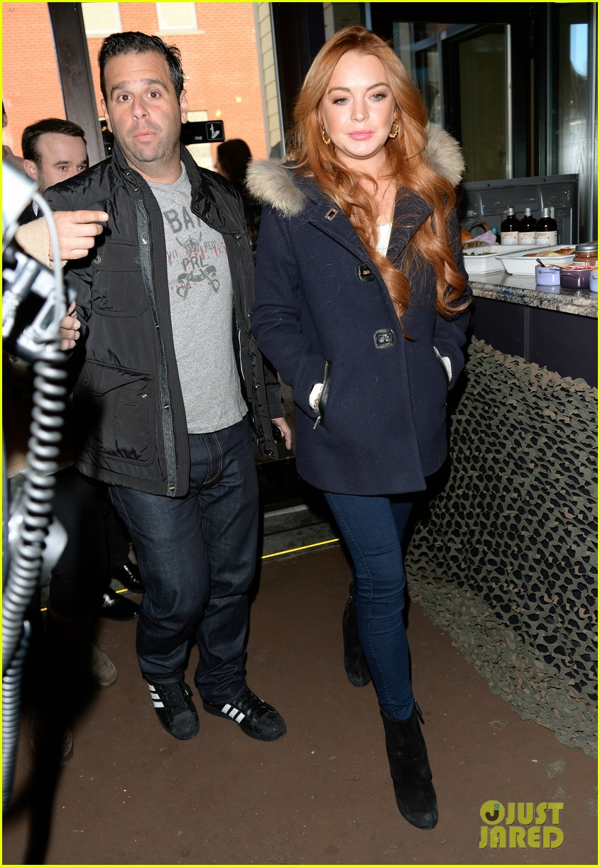 lindsay lohan announces new film inconceivable at sundance 053036593