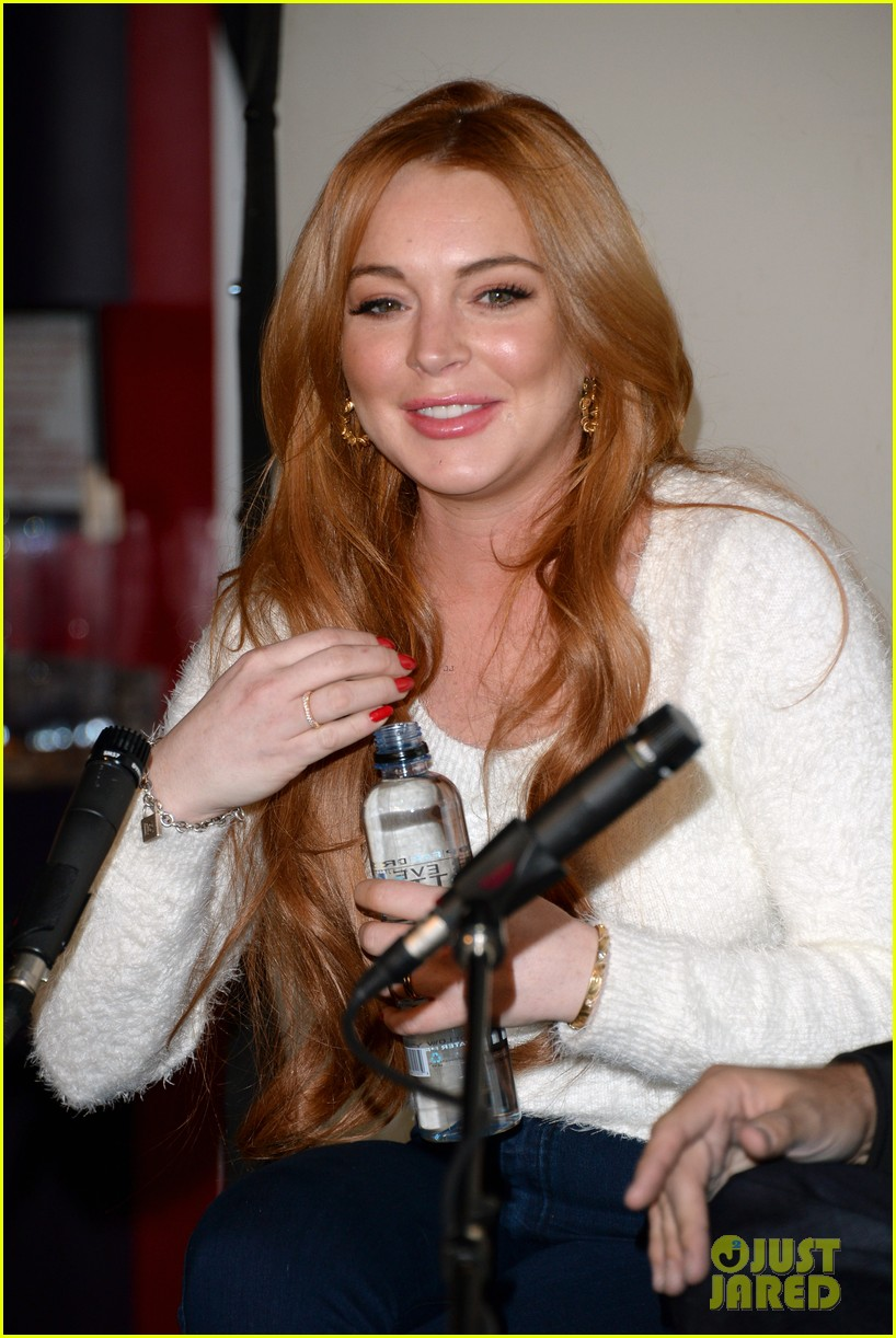 lindsay lohan announces new film inconceivable at sundance 18