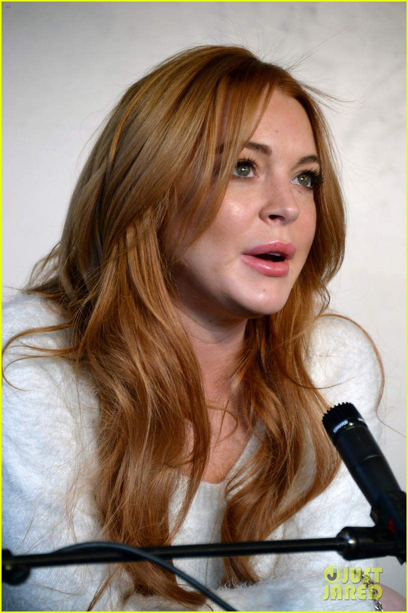 lindsay lohan announces new film inconceivable at sundance 19