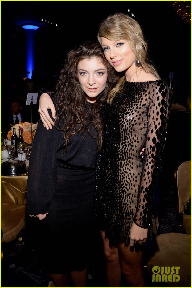 lorde meets up with taylor swift at clive davis pre grammys gala 2014 103040415