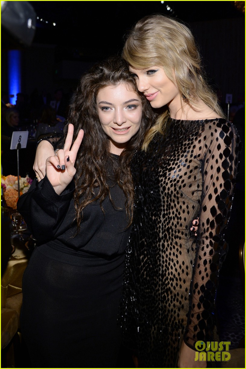 lorde meets up with taylor swift at clive davis pre grammys gala 2014 123040417