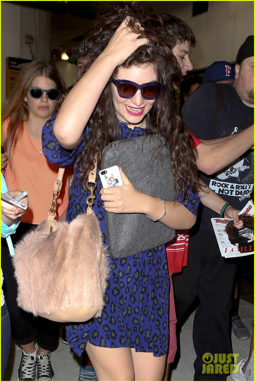 lorde arrives in town for grammy awards 2014 143038483